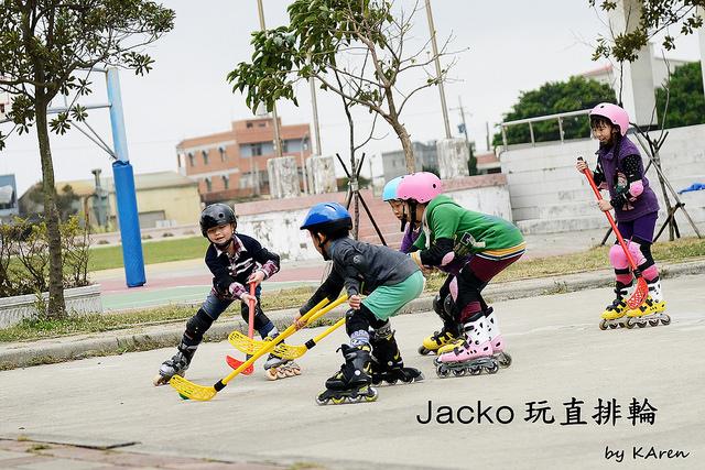 [隨手拍] Jacko玩直排輪 (圖多)